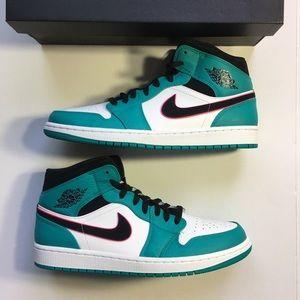 Nike Air Jordan 1 Mid SE Turbo Green Men's Sneaker